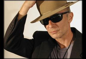 WEXT 97.7 presents: Graham Parker and the Figgs