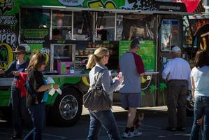 "Lake Elsinore ""Outlets"" Food Truck Festival"