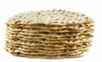 Matzo Madness! A Passover Scavenger Hunt Family Program