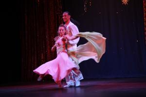BEATA & HORACIO CIFUENTES MAGIC OF BELLYDANCE THEATER