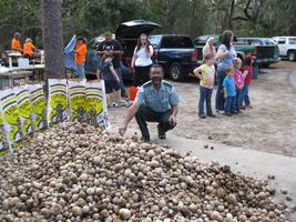 Air Potato Round Up for National Public Lands Day