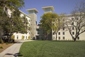 360 LA 2014 On-Campus Housing