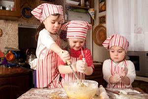 Meenakshi's International Cooking with Kids (for...