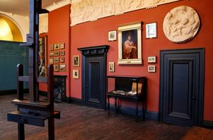 Artist Workshop at Leighton House Museum