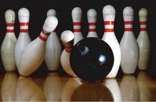 International Orientation – Bowling, Yerba Buena Center
