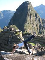 SHAKTIFY: Sacred Peru Retreat / Yoga, Hiking, Quechua...