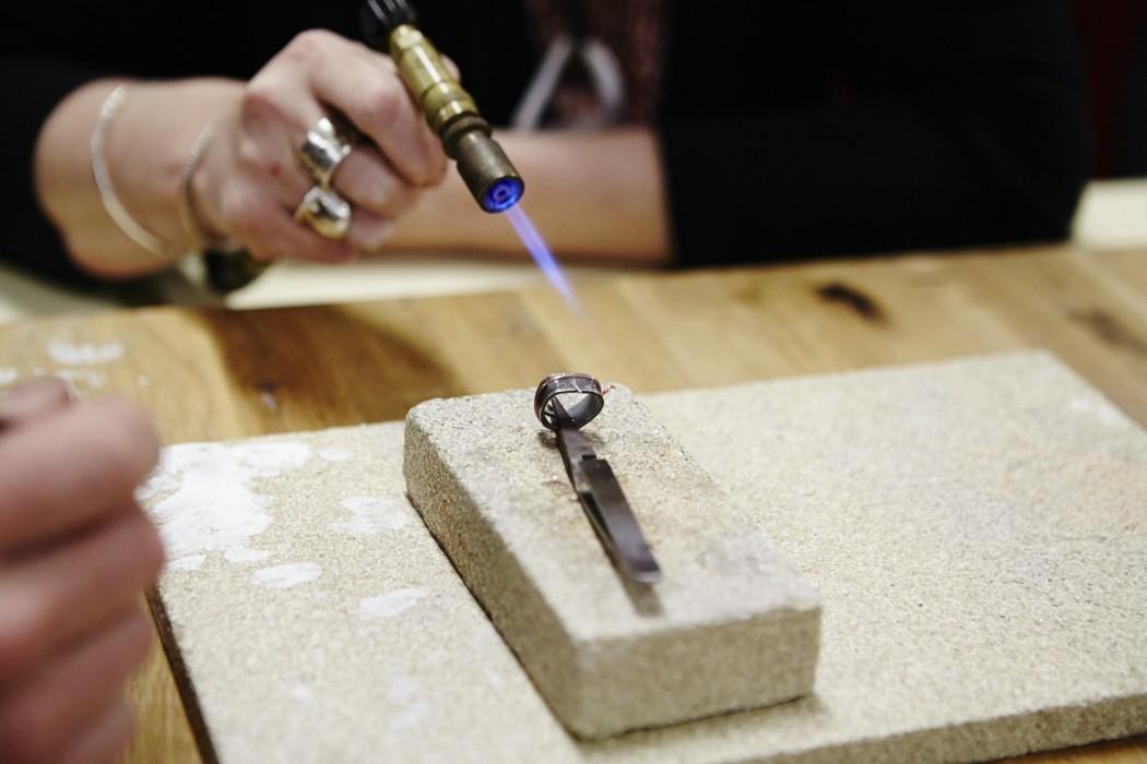 Ring soldering Silversmith School