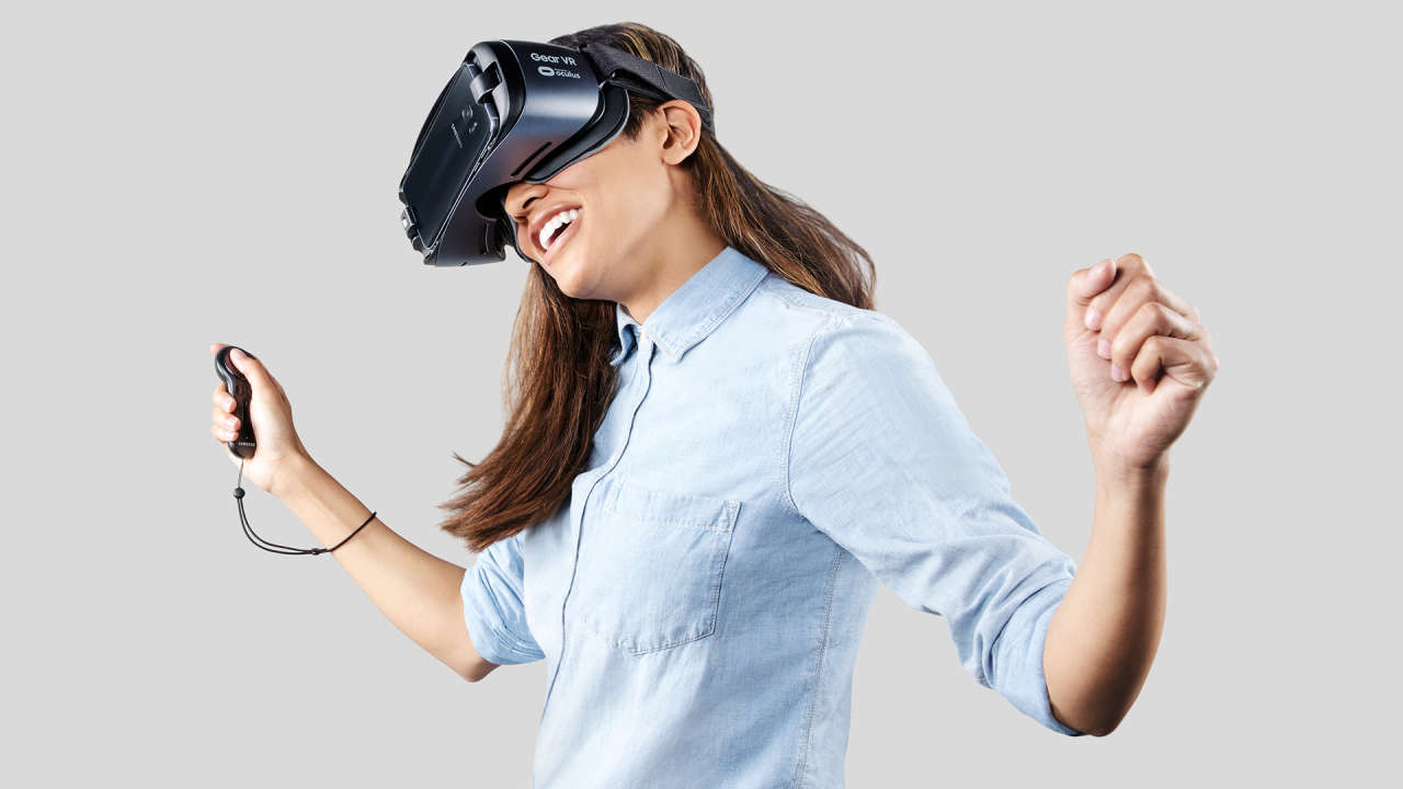 Win an Oculus Gear VR with Controller courtesy of Go Social Deotroit