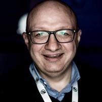 Andrea Romoli digital connector e digital marketer