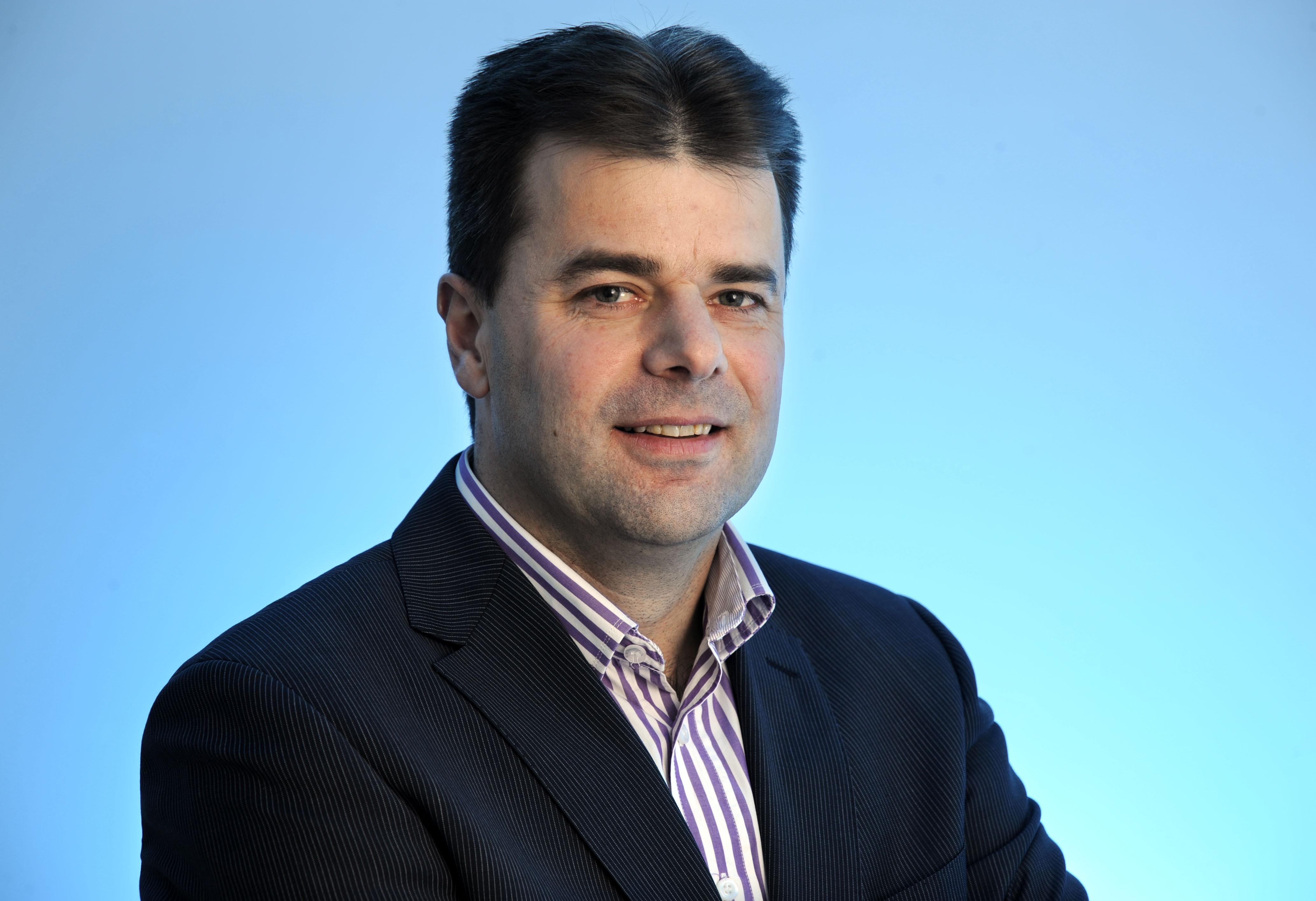 prof.dr.ir. GJ van Houtum