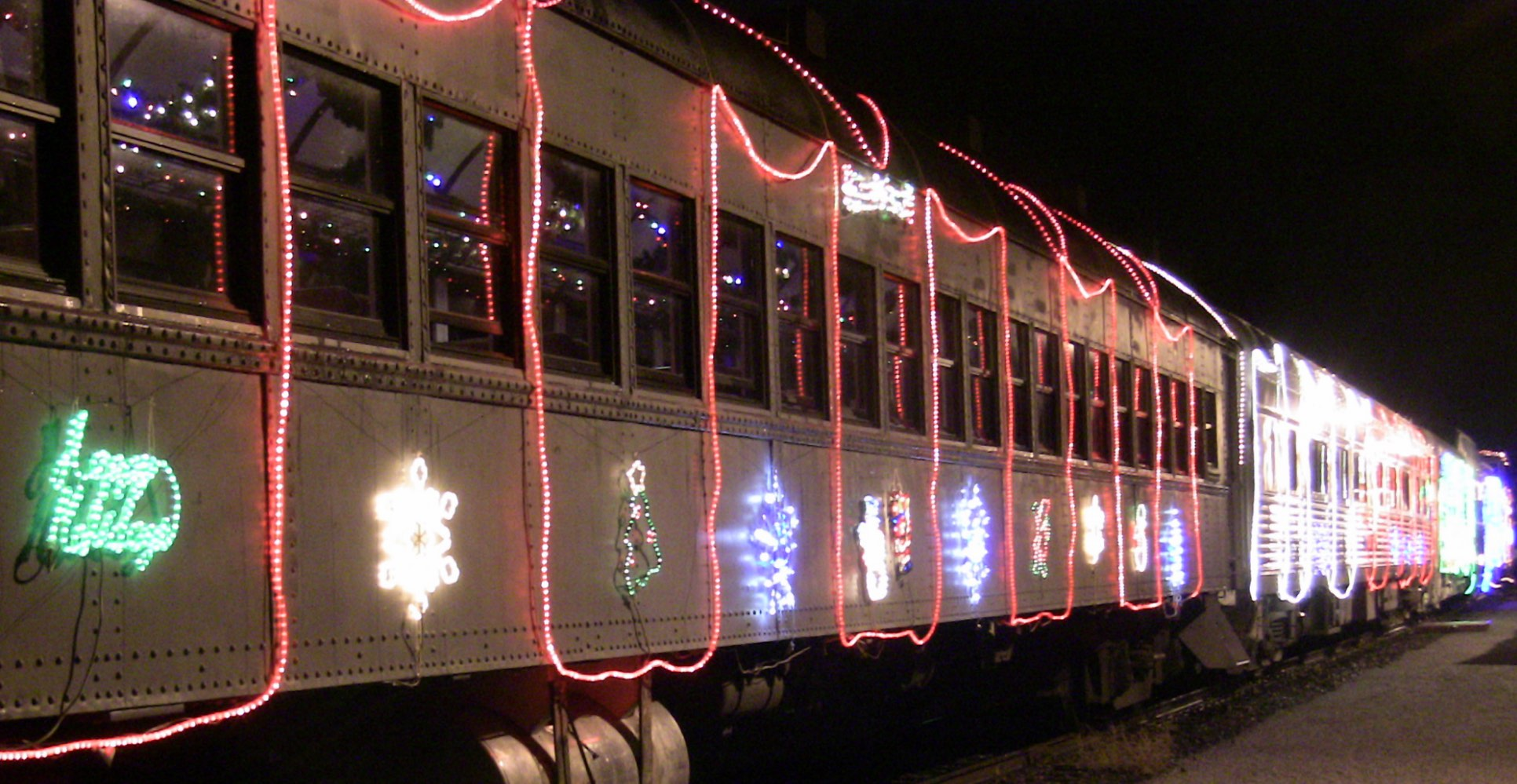 Niles Canyon Railway Train of Lights x-SP 2101 at Niles