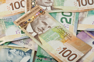 photo: Canadian money bills