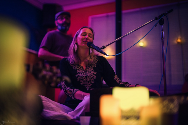 Kirtan bliss with Ashraya