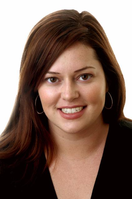 Courtney Macavinta