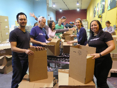 Startups Give Back San Francisco Food Bank Event