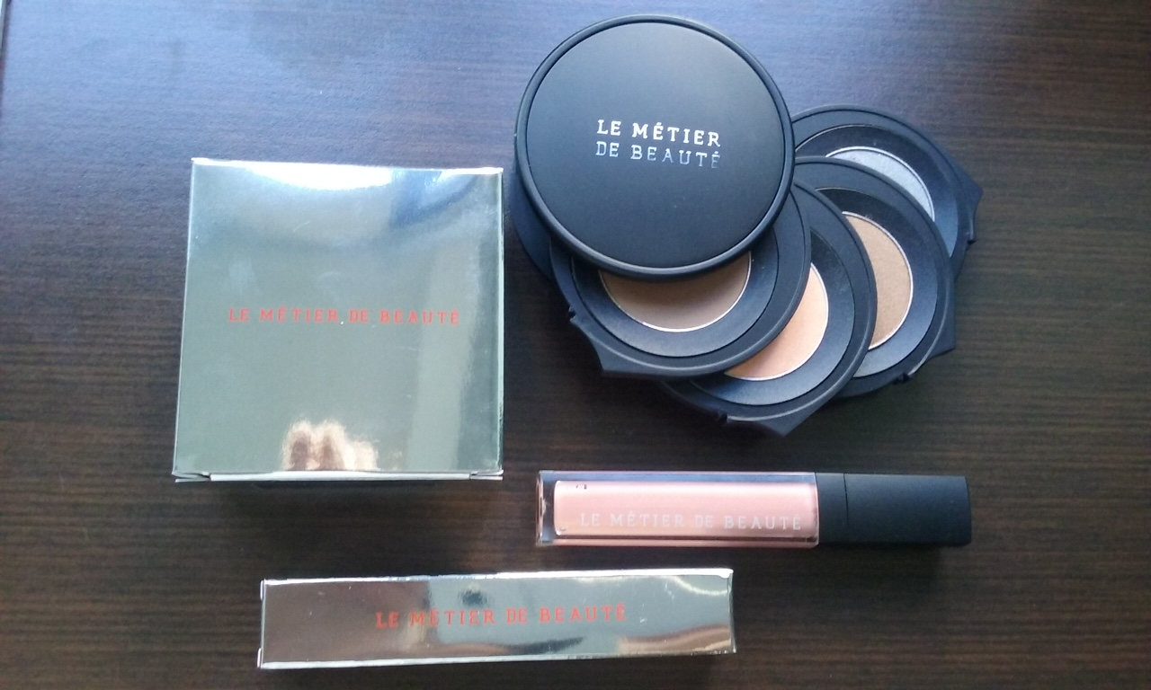 Le Metier for Our Closet