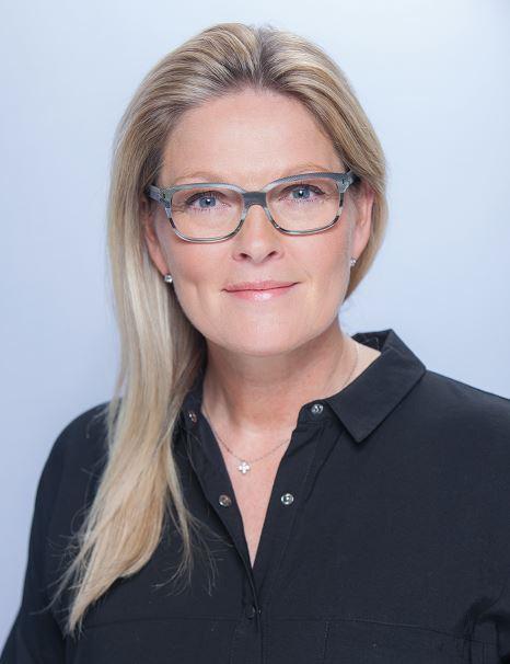 Suzanne Given Headshot