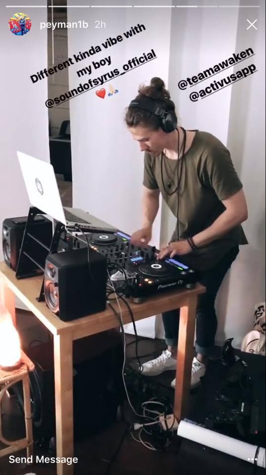 Live DJ