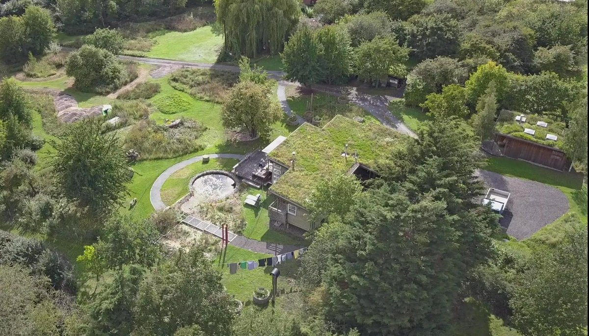 Hilldrop house and gardens aerial view