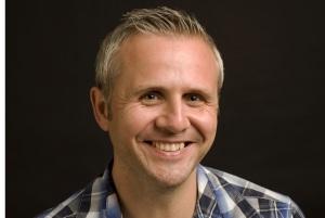 Dr David Hamilton