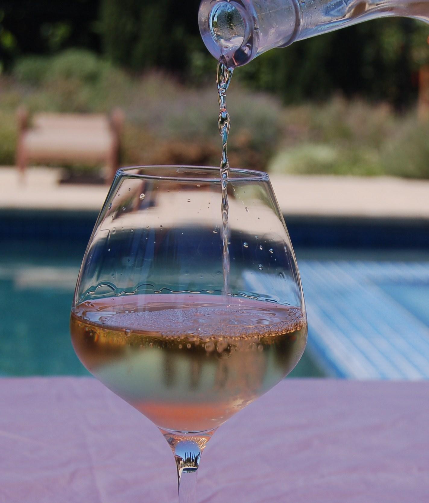 Pouring Grenache Blanc