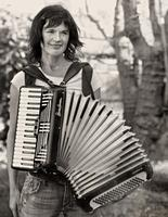 Solo accordionist Jetty Swart plays Piaf and her own compositions