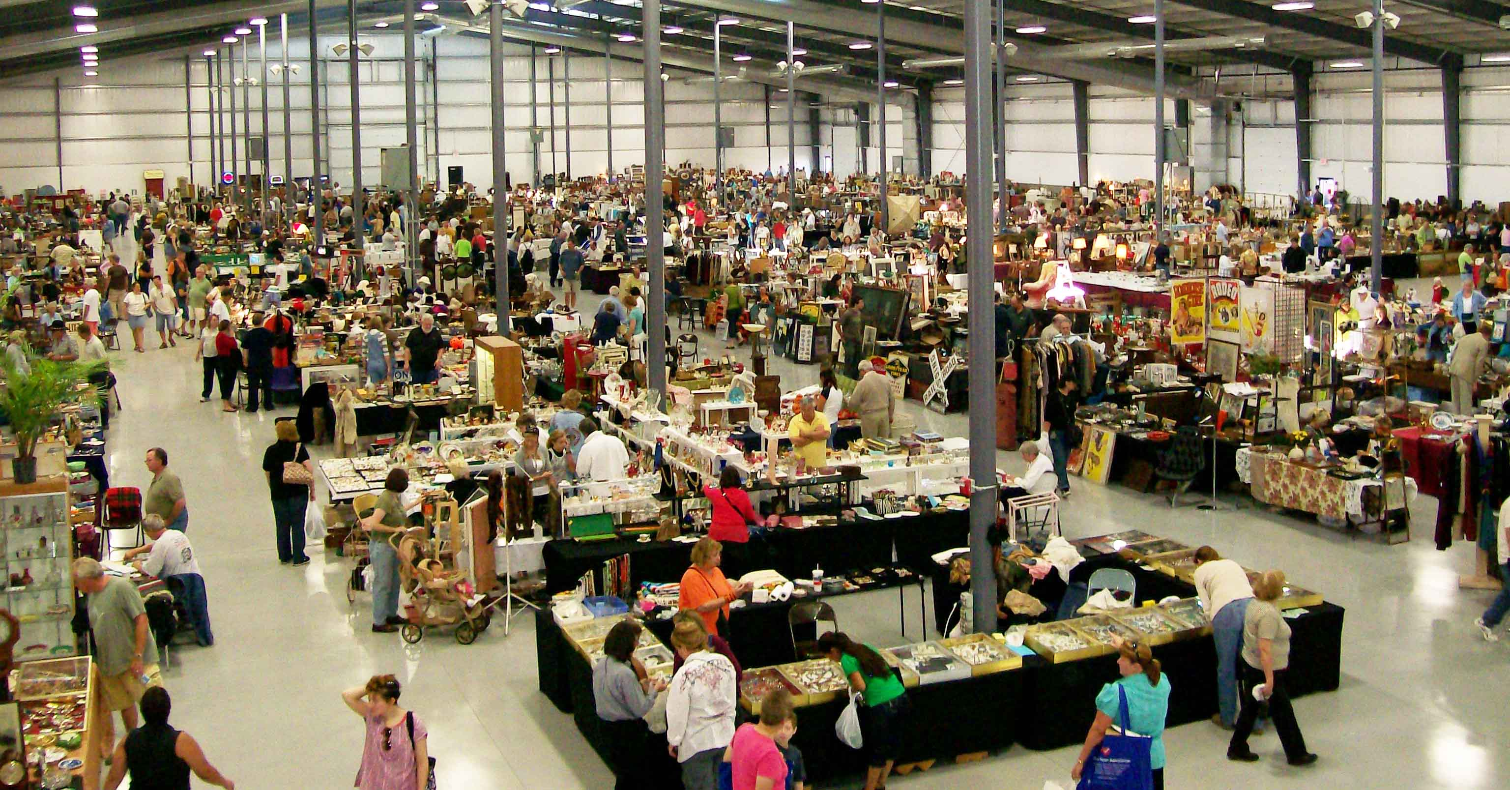 Chicago Grayslake Illinois Antique Flea Market