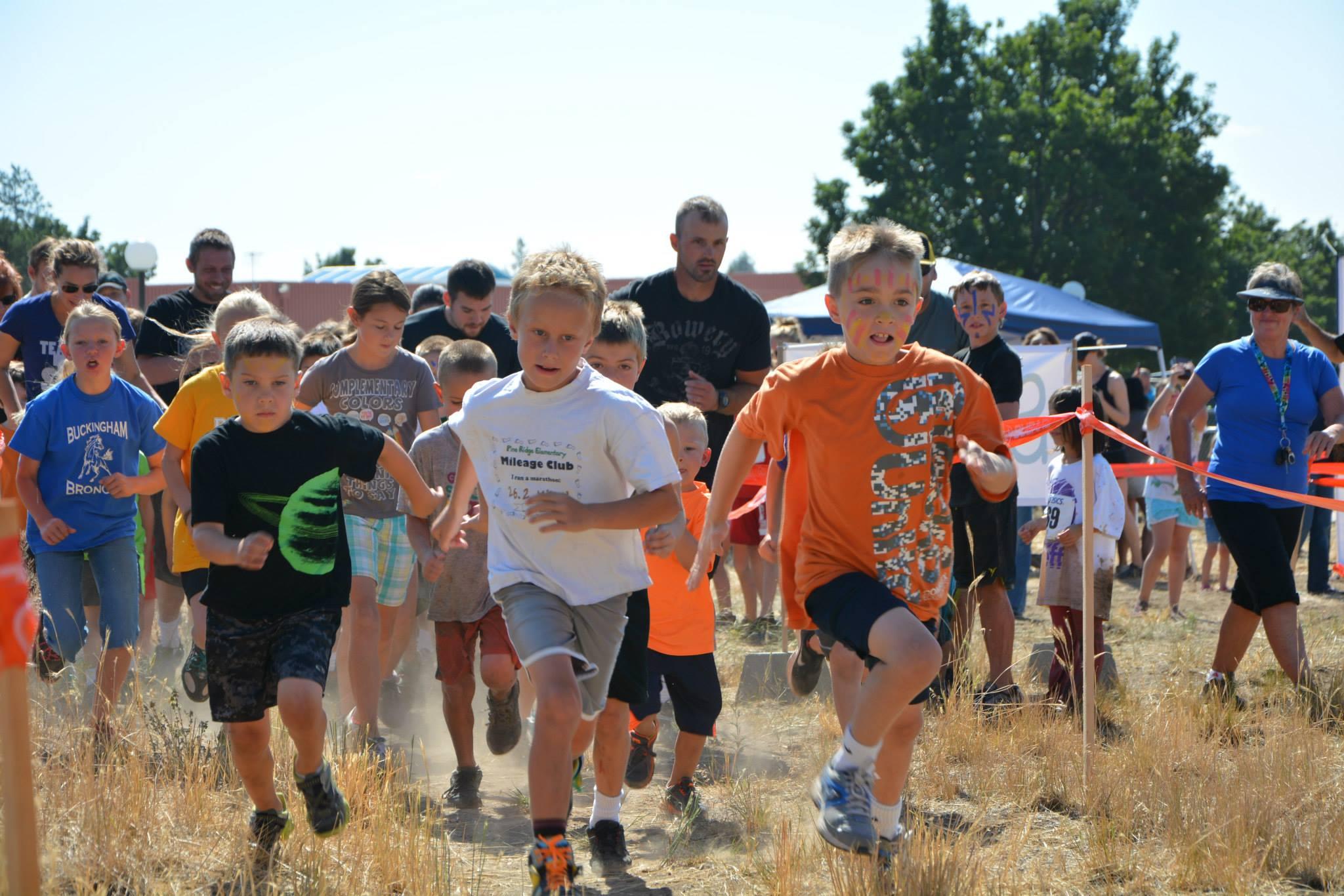 runners Subaru Kids Obstacle Challenge