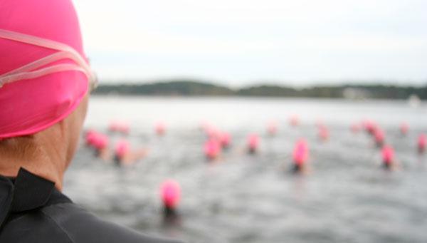 General Smallwood Triathlon Swim Start photo by Aaron Schwartzbard