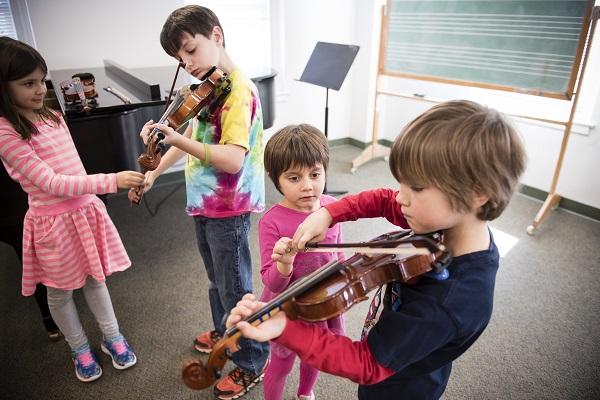 Suzuki Violin Students