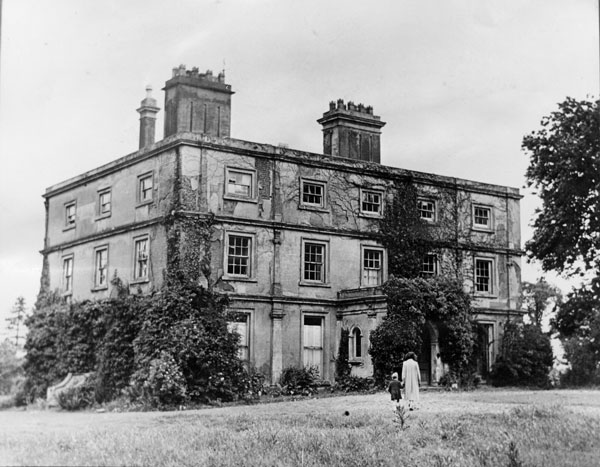 Old photograph of Pendeford Hall