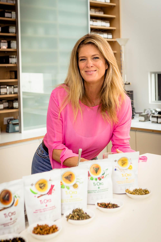 Rachel Hunter TiOra Tea