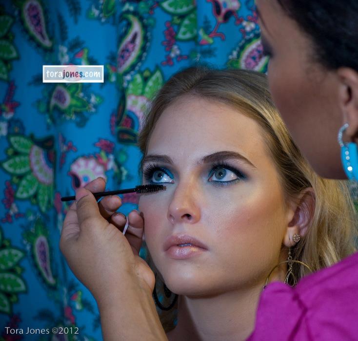 mimi makeup class