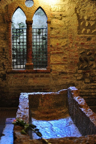 Juliet's Tomb - Tomba di Giulietta