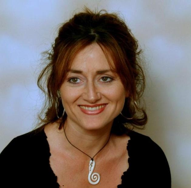 Dr Linda Ross