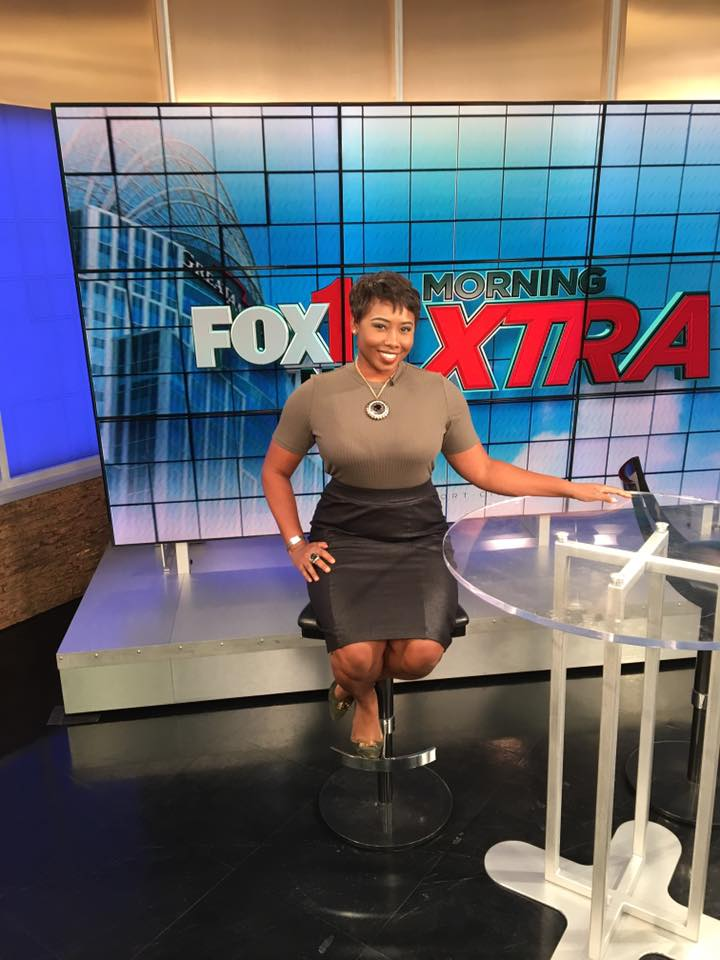 Fashion Forward Host
