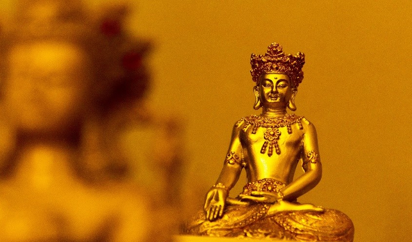 Buddha - Aachen Frau mit Bizz