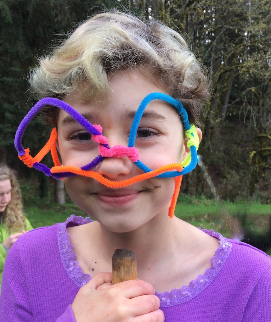 Pipe cleaner spectacles