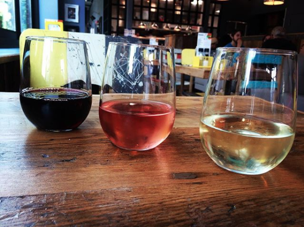 Bareburger Lakeview Wine