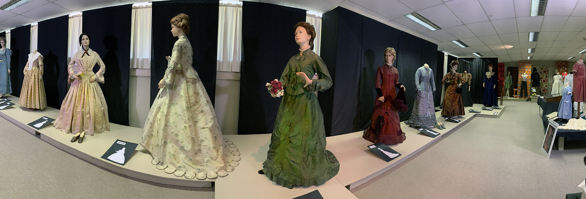 Costume Collection Bulleen