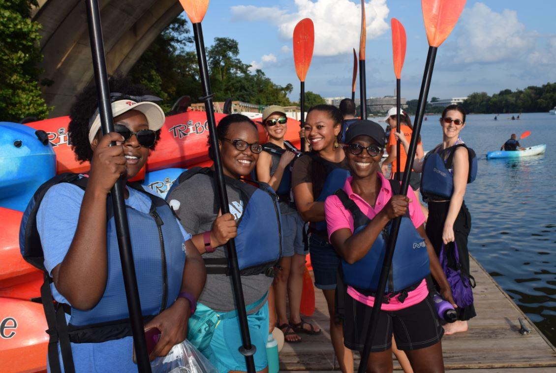 Paddlers at Key Bridge