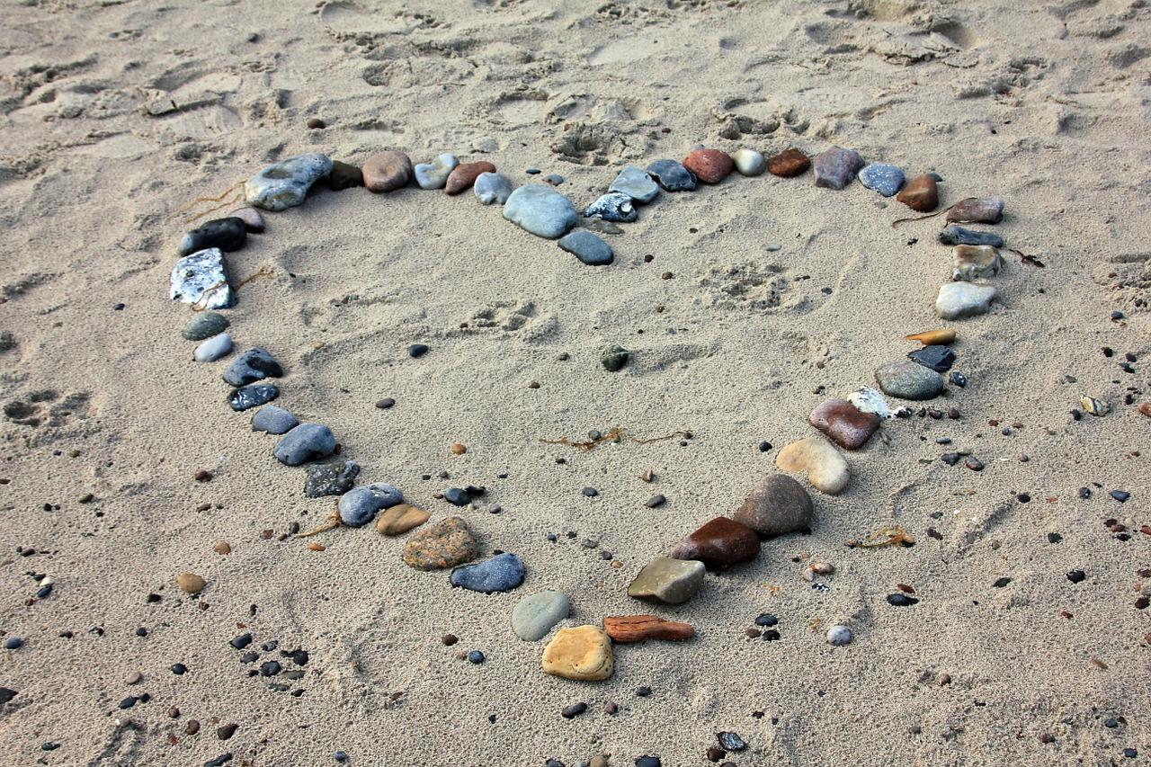Loveheart pebbles