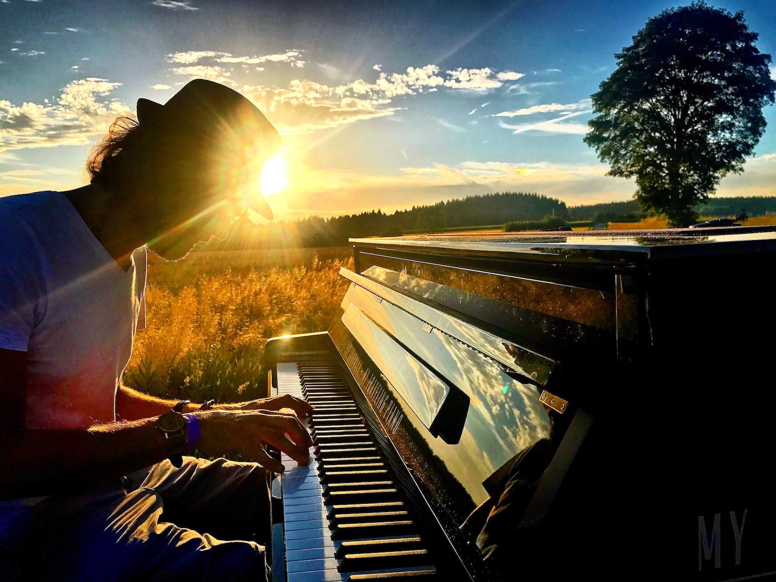 Joe Löhrmann und sein Traveling Piano