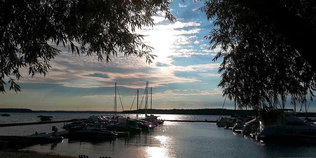 Bowers Harbor Yacht Club
