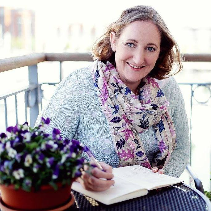 Tamsin Acheson The Expert Series