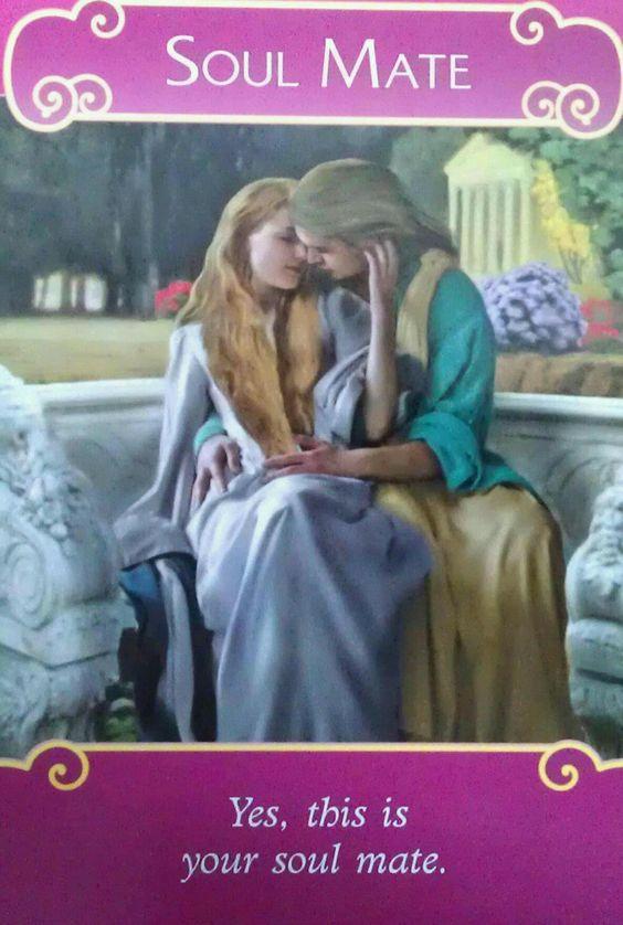 Lectura de Oráculo de los ángeles del amor - Arkano Ezael