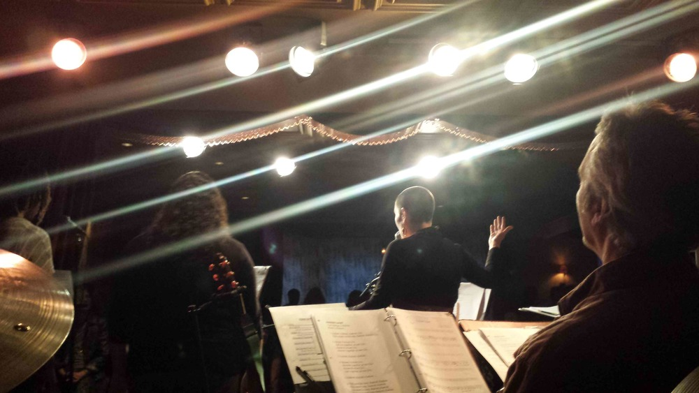 band photo Ezuz