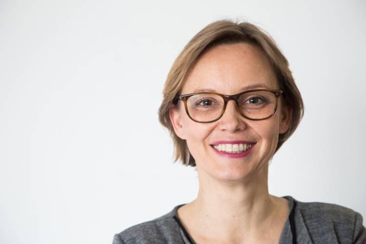 Aino Bender-Minegishi