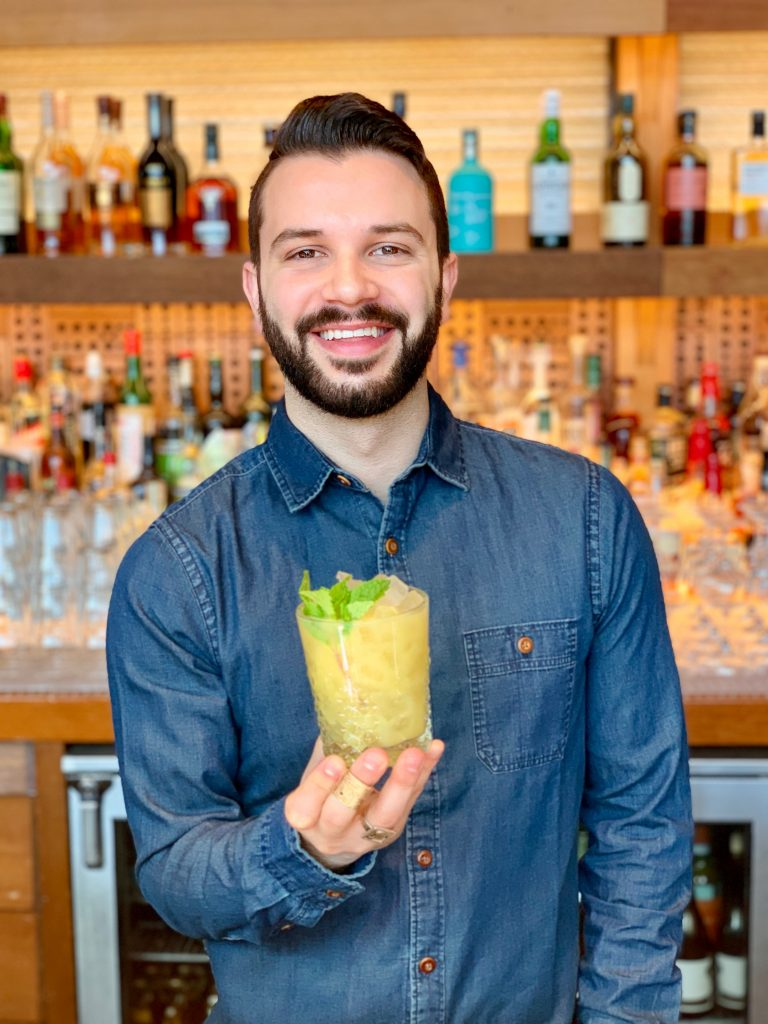 Beverage Manager with cocktail