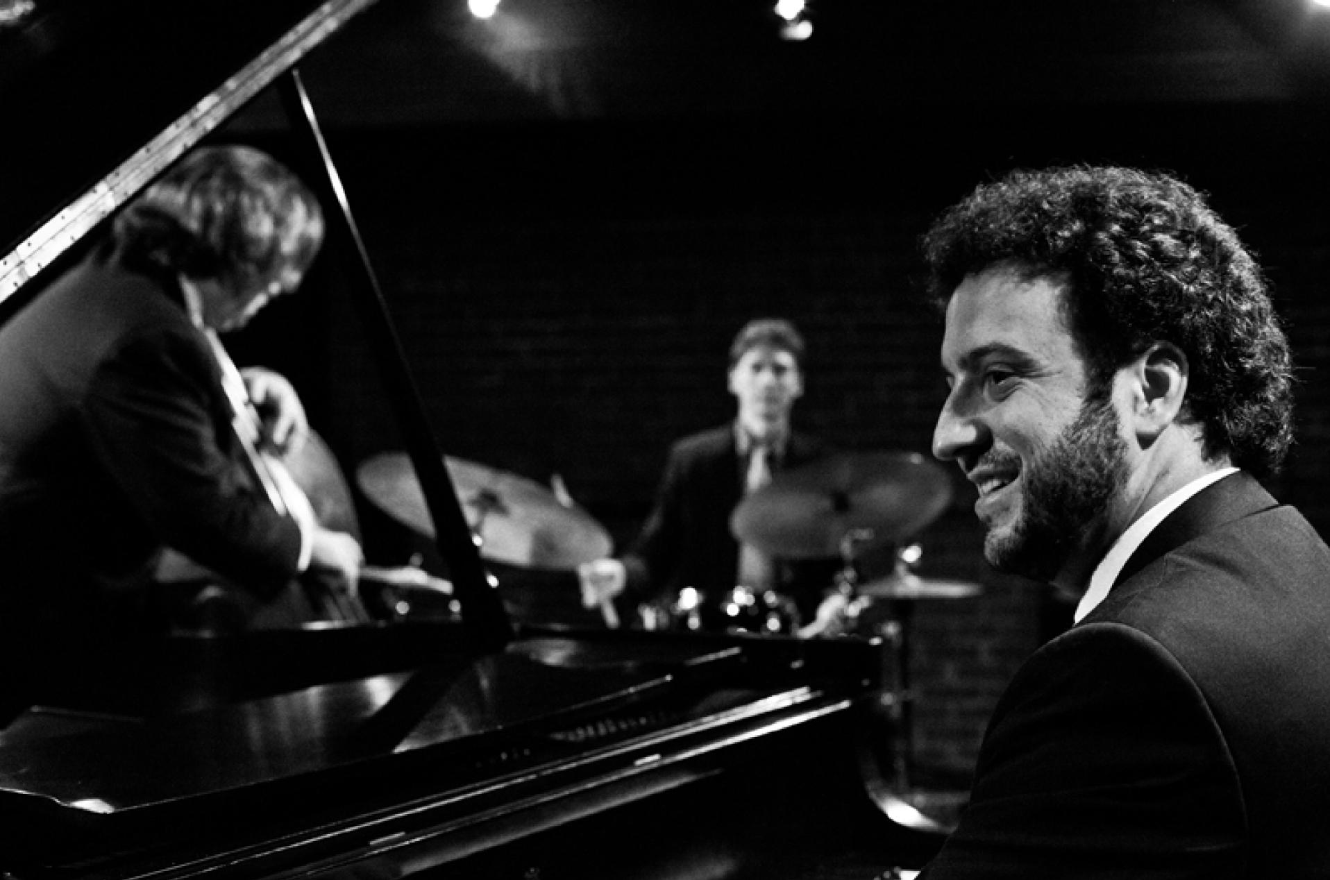 Joe Davidian Trio